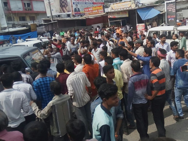 UGUJ-BSK-OMC-LCL-disturbance-created-in-bhadrvi-poonam-fair-on-4th-day-ambaji-still-closed-gujarati-news-